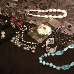 Jewelry bundle shipped as received from manufact